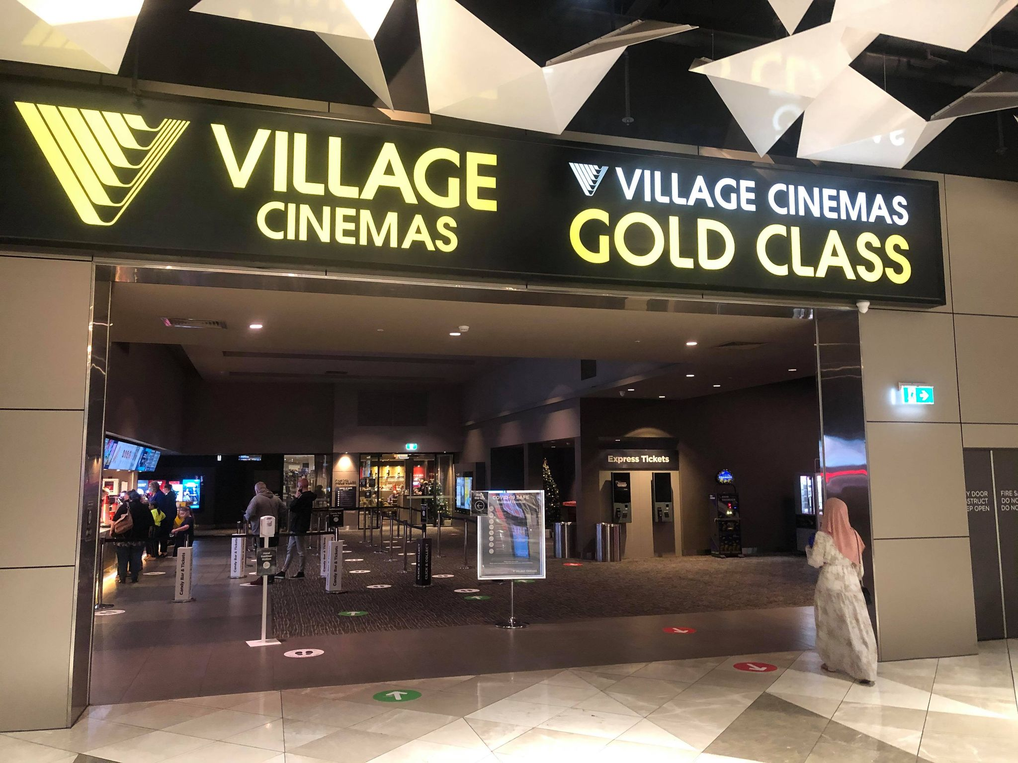 pacific werribee december 2020 village cinemas goldclass