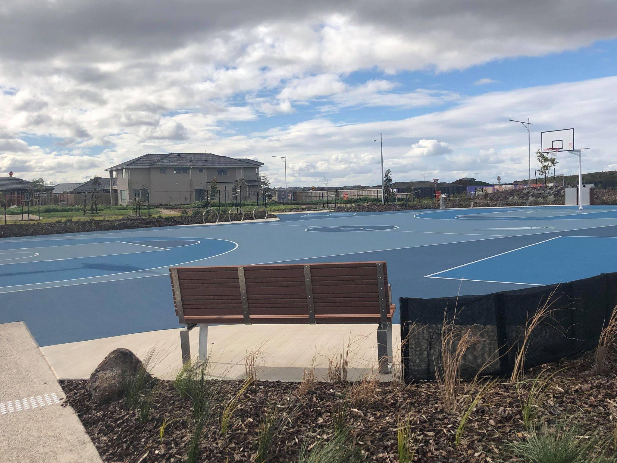 barrabool park mambourin werribee playground basketball court